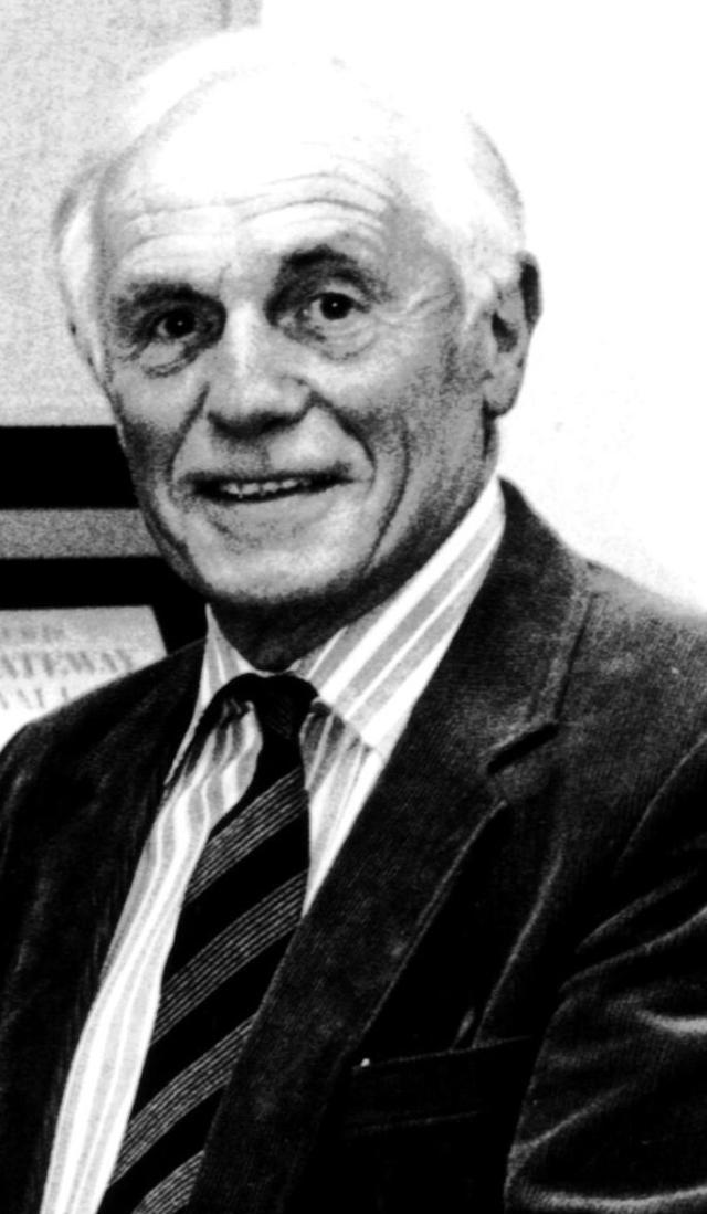 Donald Davies (1920–30.12.2014) Cardigan's memory, schoolmaster and historian
